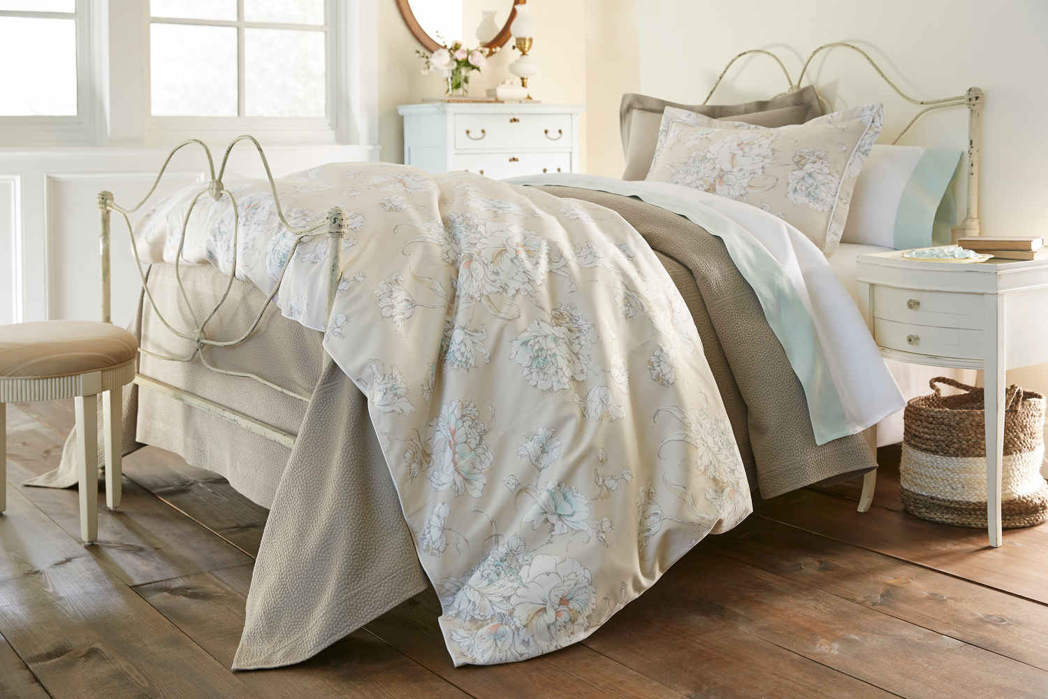 Peacock Alley Flora Duvet And Shams And Decorative Pillows