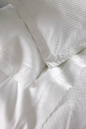 Peacock Alley Lizbeth Duvet & Sham