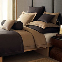 The Rio collection is made of 100% linen and accented with a satin-stitched hem treatment.