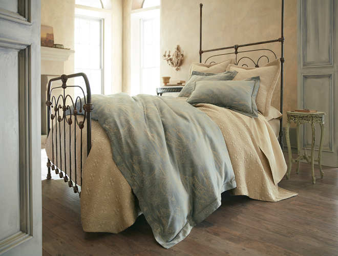 Peacock Alley Salerno Duvet & Sham