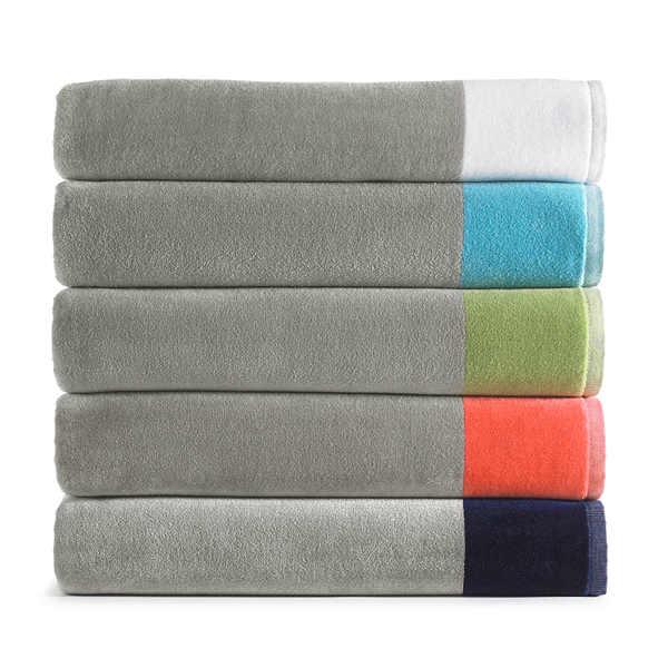 Peacock Alley Soleil Beach Towels - Towel Stack.