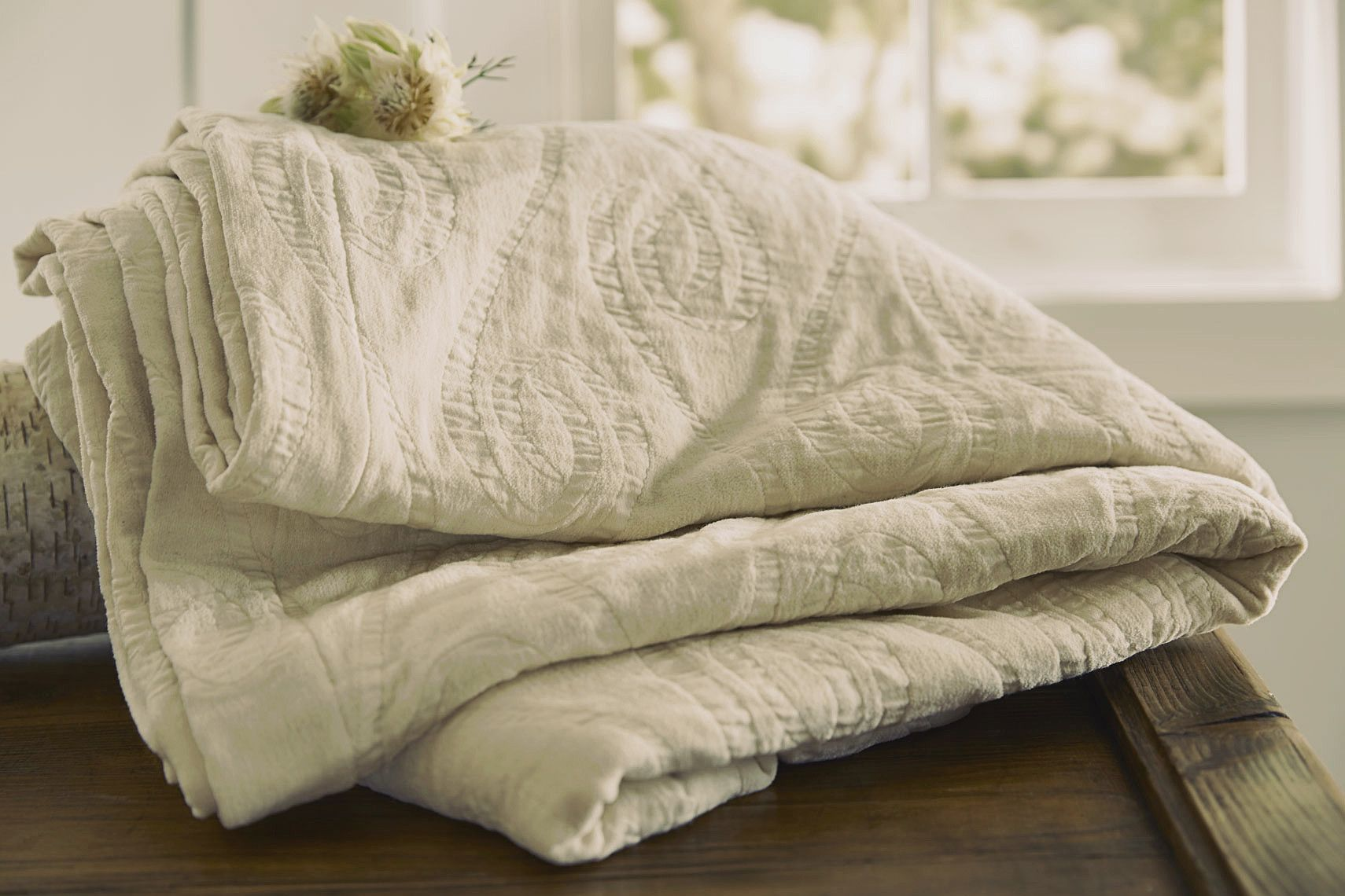 The Purists Bedding Adlon - woven from 100% Egyptian Cotton.