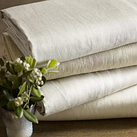 This all natural, luxurious Italian woven linen sateen is lightweight and crisp.
