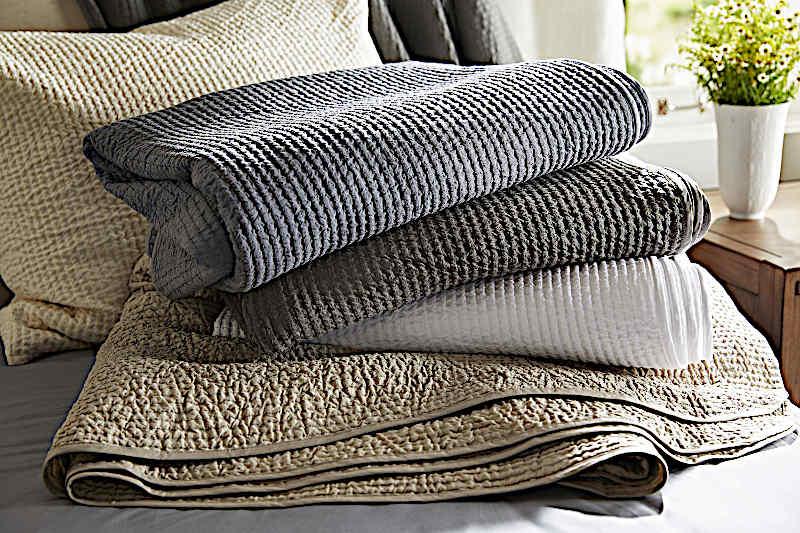 SDH Malta Bedding - Jacquard - 100% Egyptian Cotton. 466 Threads per square inch.