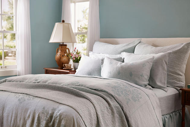 SDH Messina Bedding available in seven colors.