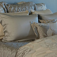 Made in Italy, all SDH Bedding and Linens is creatively designed from all natural elements.