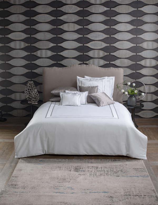Svad Dondi Atelier Duvet and Sham Bedding showcasing bedding.