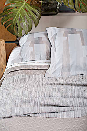 Svad Dondi Barcelona Jacquard Duvet and Sham Bedding closeup Indigo color.