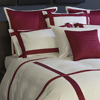 Made of lustrous 300 thread count Egyptian cotton sateen with contrasting borders.