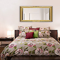 The beauty and explosiveness of the camellia�s flowers are represented with mastery in this cotton sateen duvet cover and sham crafted with traditional printing to exalt the brightness and the three-dimensional aspect of the design.