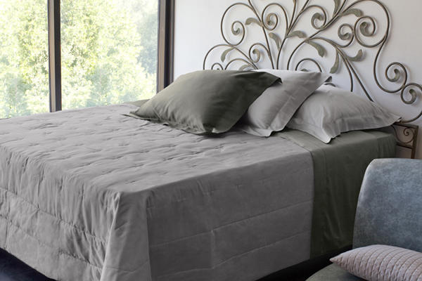 Signoria Firenze Monna Lisa Coverlet -  Lead Grey.