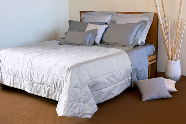Signoria Firenze Monna Lisa Coverlet -White.