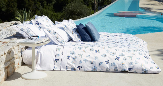 The Signoria floral prints employ the highest quality Italian printing techniques that bring out the most precious flowers found in nature, in all their vibrant colors, right to your bed linens.
