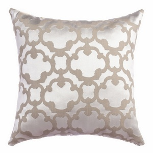 Softline Home Fashions Palmira Tile Decorative Pillow in Pearl color.