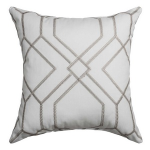 Softline Home Fashions Quail Decorative Pillow in Silver color.