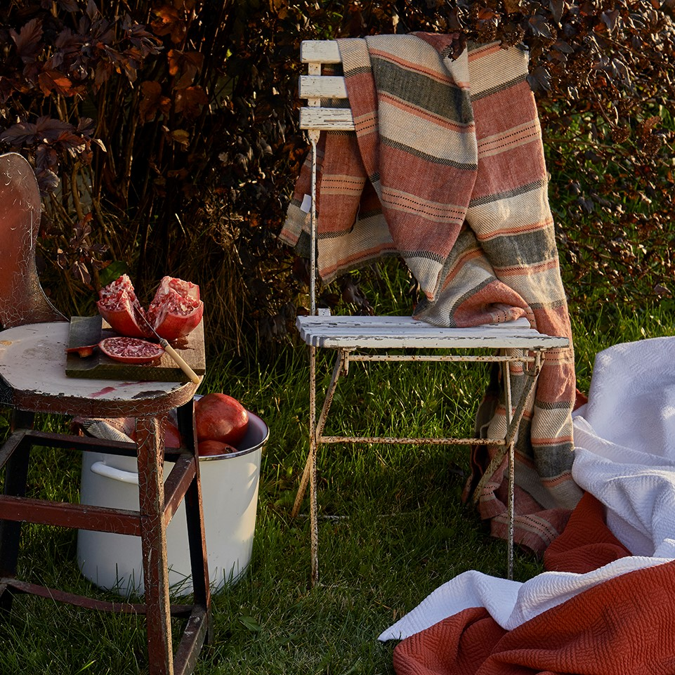 Traditions Linens Camp And Lindsey Linen Blanket Throw