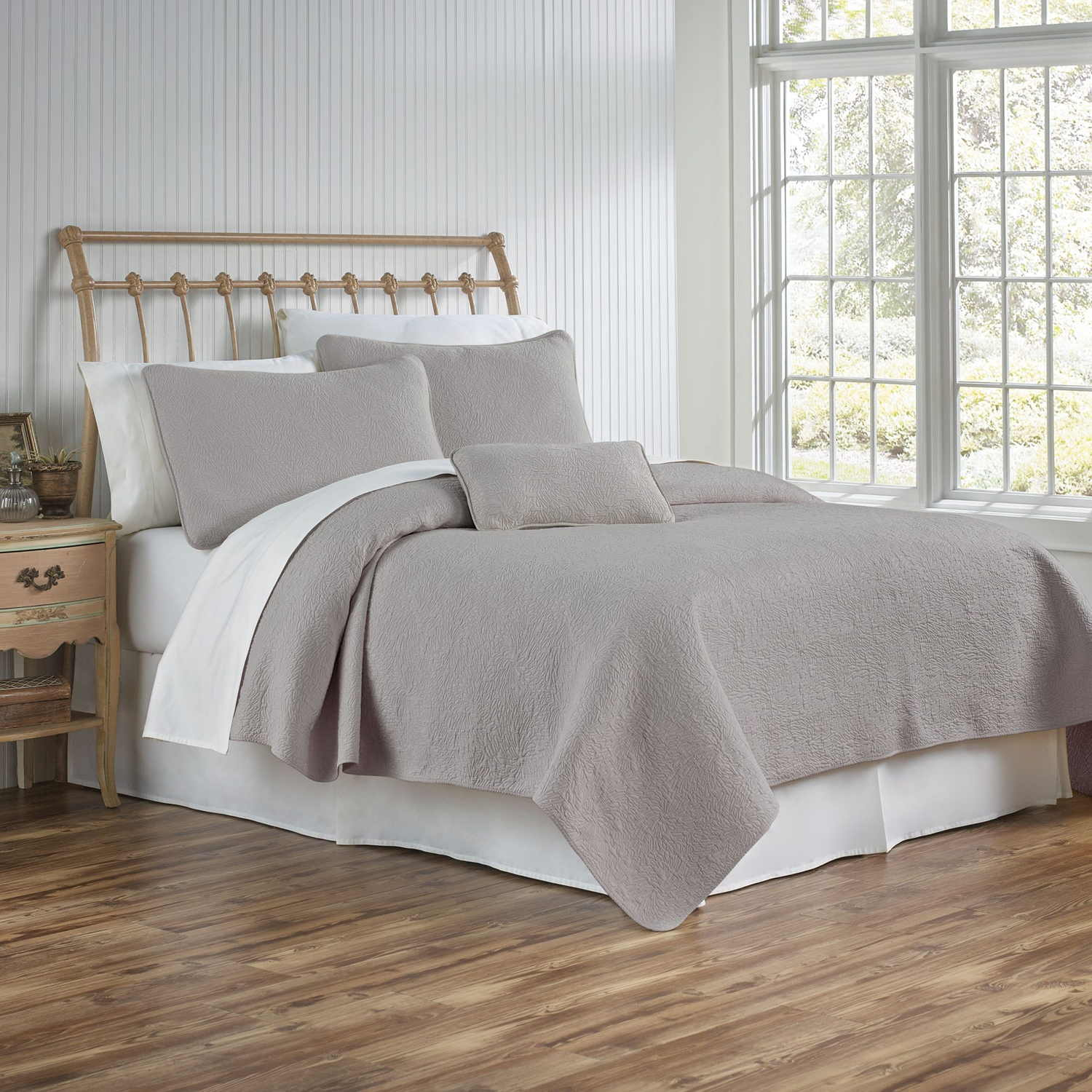 Traditions Linens Bedding Couture Coverlet