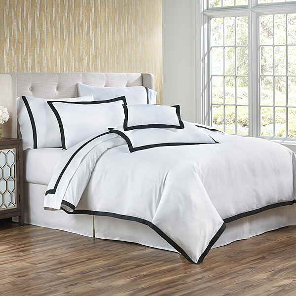 Traditions Linens Bedding Darby Sheet Set