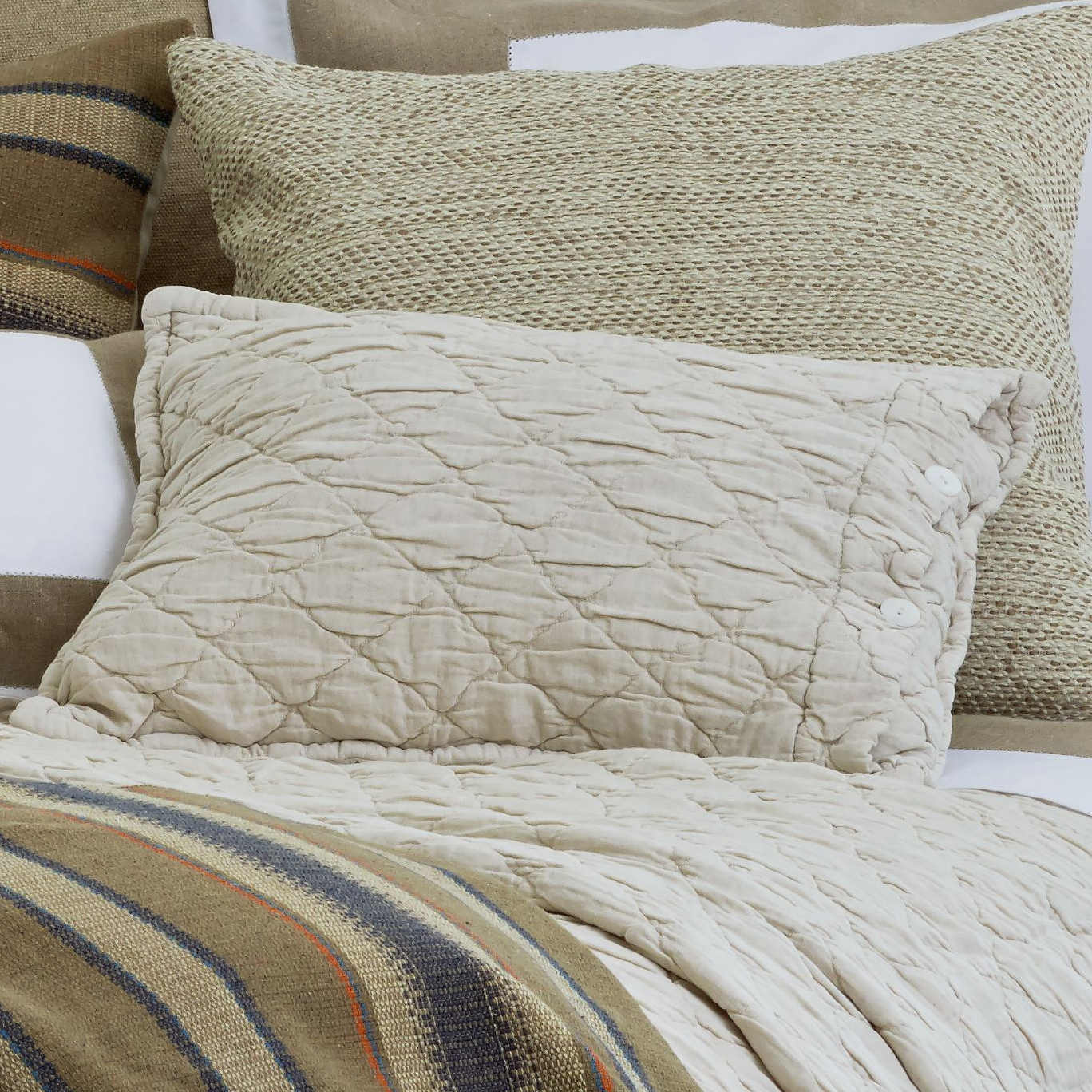 Traditions Linens Bedding Cassia Collection
