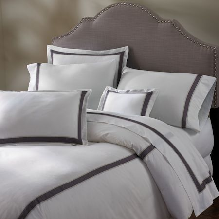 Serena sheeting features a lovely 400 thread count Italian cotton fabric.