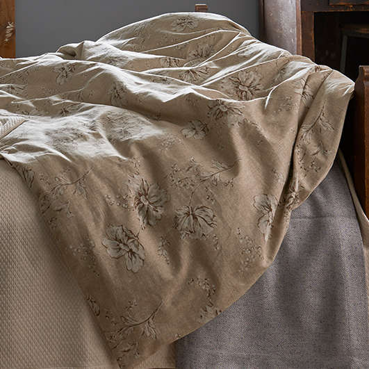 Traditions Linens Bedding Shelby Duvet Cover