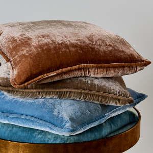 TL at home Bedding Vintage Velvet Decorative Pillow